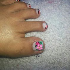 Pedicure Designs, Toe Nail Designs, Feet Nails, My Nails, Feet Nail Design, Magic Nails, Cute Toes, Toe Nail Art, Flower Nails