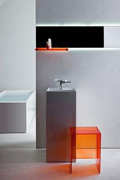 Kartell y Laufen muestran en Milán su serie para baño de Ludovica y Roberto Palomba