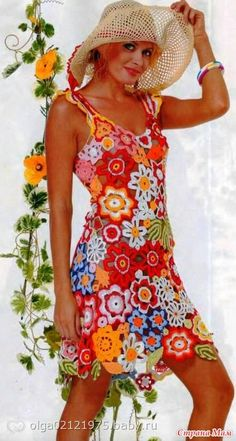 Miren nada mas que guapas se verian con este vestido tan extraordinariamente hermoso de crochet ruso.