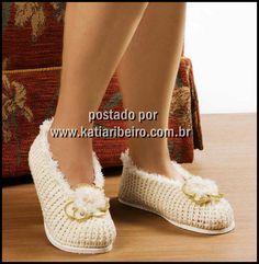 Katia Ribeiro Moda & Decoração Handmade: Sapatinho em crochê com receita e gráfico