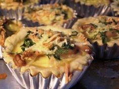 Quiche Lorraine -NCC Quiche Lorraine, Traditional Cakes, Pastries, Tarts, Sushi, Cooking, Ethnic Recipes, Food, Mince Pies