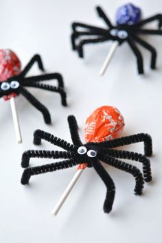 Lollipop Spiders: If you want to give trick-or-treaters a little something extra, attach pipe cleaners and googly eyes to lollipops. This easy and creepy Halloween treat and favor is perfect to make right before any Halloween party or before trick-or-treaters come to your door. Find more creepy and easy to make Halloween treat and party favors here.