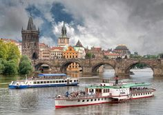 A boat ride on Vltava river / Una gita sulla Moldava Vltava, or Moldau, or Moldava is the river of Praha, or Prague, or Praga :-) Karl's bridge (Ponte Carlo) on background. Beautiful Places In The World, Most Beautiful Cities, Places Around The World, Oh The Places You'll Go, Places To Travel, Places To Visit, Around The Worlds, Pont Charles, Charles Bridge
