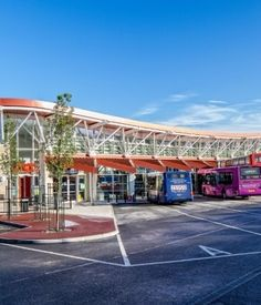 Metclad's innovative construction project at Mansfield Public Transport Interchange has scooped two prestigious accolades at the recent TeamKal 2014 awards.