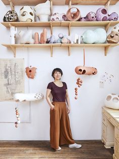 Ceramics Pick Of The Month: Yuko Nishikawa - Eclectic Trends Study Interior Design, Interior Design Magazine, Ceramic Light, Frozen In Time, Long Island City, Ceramics Projects, Light Installation, Creative People, Ceramic Artists
