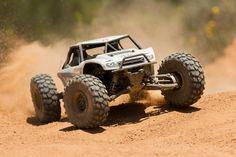 AX90026 - Axial 1/10 Yeti Rock Racer 4WD RTR Brushless - CKRC Hobbies #yeti