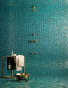 bisazza tiled bathroom | Bisazza glass mosaic tiles by Heritage Tiles – Selector