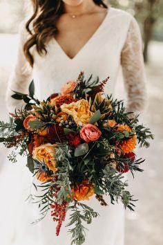 Bridal Bouquet Fall, Fall Bouquets, Fall Wedding Bouquets, Fall Wedding Flowers, Fall Wedding Colors, Floral Wedding, Burgundy Wedding, Fall Wedding Boutonniere, Autumn Wedding Decorations