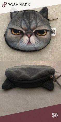 Mean cat coin purse NWOT Never used! Super cute for cat ladies 😺 Bags Trendy Purses, Cheap Purses, Unique Purses, Purses For Sale, Spring Handbags, Handbags Online, Handbags On Sale, Purses And Handbags, Fashion Handbags