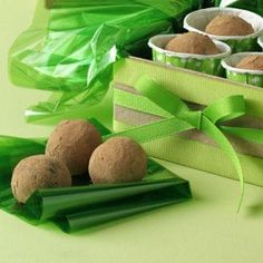 Amaretto Cream Truffles - velvety! Melt in your mouth. Also great if 1/2t of peppermint extract is used (and no vanilla).