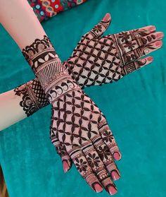 Gorgeous Mehndi Designs for you Rose Mehndi Designs, Henna Tattoo Designs Simple, Back Hand Mehndi Designs, Latest Bridal Mehndi Designs, Mehndi Designs For Girls, Mehndi Designs For Fingers, Mehndi Design Images, Simple Henna, Mehendi