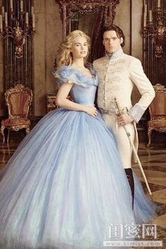 Disney Romance Is Most Like Yours? Cinderella: and Prince Charming, from the 2014 Disney movie.Cinderella: and Prince Charming, from the 2014 Disney movie. Cinderella 2015, Cinderella Prince, Cinderella Movie, Cinderella Dresses, Disney Princess, Cinderella Live Action, Cinderella And Prince Charming, Cinderella Costume, Robes Disney