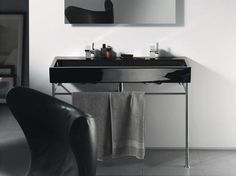 Straight-lined and timeless: Vero black bathroom vanity