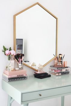 Organizing all of your perfume, nail polishes, lipsticks, brushes, and the like can be very difficult. Here are easy tips for how to organize your vanity like a beauty junkie