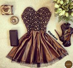 Lindo vestido tomara que caia, festa!