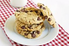peanut butter chocolate chip cookies.....bake@350.com
