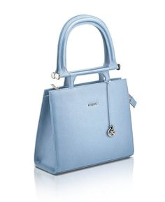 f9ce55b12f Walk with confidence and grace by buying one of these beautiful affordable  designer  handbags