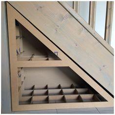Tutoriel meuble sous escalier 1ère partie. Tu cherches des idées pour fermer le dessous d'un escalier? Voici un tuto pour te guider.