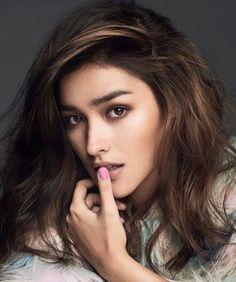 Liza soberano won the title of most beautiful face 2 Most Beautiful Faces, Beautiful Eyes, Poses, Woman Face, Pretty Face, Pretty Woman, Divas, Beauty Women, Asian Beauty