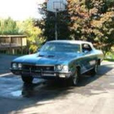 My second car! Traded in the Impala and threw in a mere $200 and it was mine! 1972 Buick Skylark