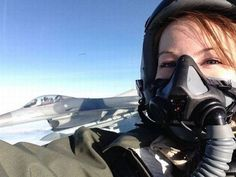 Jet Fighter Pilot, Air Fighter, Female Fighter, Fighter Jets, Female Pilot, Female Soldier, Gas Mask Girl, Selfie Sexy, Military Women