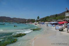 Playa Las Gatas, Zihuatenejo Bay Mexico