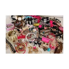 i always look for the pink tag :) betsey The Bling Ring, Bling Bling, Favim, Girly Things, Betsey Johnson, Jewelry Collection, Jewelry Accessories, Just For You, Jewels