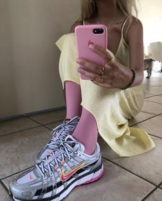 """""""Uploaded by 🥥🕊 🏹"""" Fashion Killa, 90s Fashion, Fashion Looks, Fashion Outfits, Womens Fashion, Romper With Skirt, Look Cool, Nice Dresses, Style Me"""