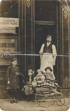 Poets Corner Pub, Park Hill Rd circa 1914.