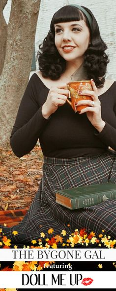 Come on a Vintage picknick with a new skirt from Doll Me Up! Dont forgett to pack a book and enjoy and Autumn afternoon with a cup of Tea!