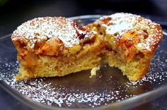 Making this apple cake today! I LOVE apple cake... and this recipe looks amazing (and relatively easy...)