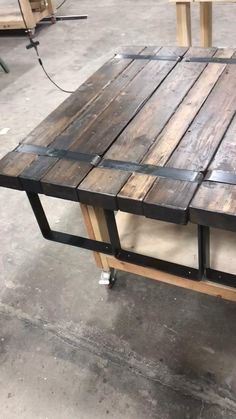 Custom Handmade Furniture in Kansas City Woodworking Projects That Sell, Woodworking Bench, Woodworking Shop, Small Wooden Projects, Wood Shop Projects, Distressed Wood Furniture, Wood Pallet Furniture, Handmade Furniture, Custom Furniture