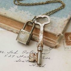 Heart key and lock ♡