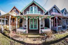 Nantucket Style Homes, Nantucket Cottage, Nantucket Wedding, Shabby Cottage, Italian Vineyard, Martha's Vineyard, Vineyard Wedding, Vineyard Vines Outfits, Oak Bluffs