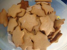 Turta dulce, poza 2 Cookies, Homemade Food, Delicious Food, Desserts, Recipes, Ideas, Sweets, Crack Crackers, Postres