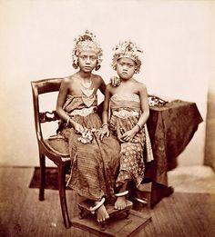 children of the king of bali | bali 1865-1866 | foto: isidore van kinsbergen