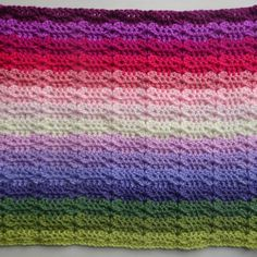 The Trellis Stripe uses just one main stitch to create a slightly lacy and very pretty crochet blanket. The design is inspired by my allotment sweet peas which I grow up a home made trellis of bamboo and string. Crochet Hook Set, Crochet Yarn, Crochet Stitches, Free Crochet, Crochet Crafts, Crochet Ripple Blanket, Crochet Blanket Patterns, Crochet Afghans, Afghan Patterns