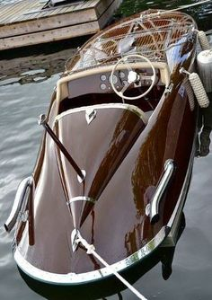 LUXURY YACHT - design and concept - Photogriffon - Les plus beaux Yachts de luxe. LUXURY YACHT - design and concept - Photogriffon - The most beautiful luxury yachts in the world - The most beautifu Yacht Design, Boat Design, Riva Boot, Course Vintage, Classic Wooden Boats, Classic Boat, Build Your Own Boat, Vintage Boats, Wood Boats