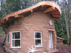 Earthenhand Natural Building (UK) : offering a variety of workshops in earthen constructions.