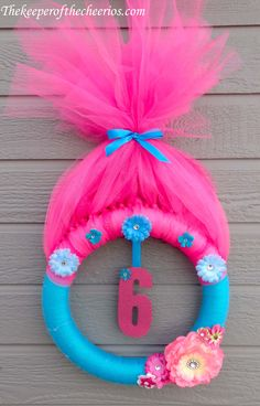 Trolls Party Wreath