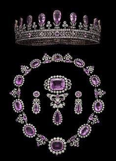 Royal Jewels of the World Message Board: Prussian Pink Topaz Parure Royal Crown Jewels, Royal Jewelry, Jewelry Sets, Amethyst Jewelry, Diamond Jewelry, Purple Jewelry, Gold Jewelry, Antique Jewelry, Vintage Jewelry