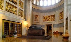 Real Capilla y Sepulcro de San Pascual Baylón en su Basilica de Vila-real (España), vista panorámica