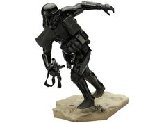 Rogue One: A Star Wars Story 1/7 Scale ArtFX+ Imperial Death Trooper Statue (New Images Added)