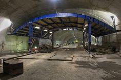 http://keithyorkcity.files.wordpress.com/2012/10/7-train-mezzanine-june-2011.jpg