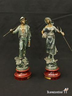 Figura de segador en metal, Europa S.XX. Medidas: 38 cms con peana. REF: 1343-C.  Figura de segadora con peana, Europa S. XX. Medidas 38 cms con peana. REF: 1344-C. -----#anticuario #anticuarios #antigüedades  #antiques #antique #antiqueshop #coleccion #interiordesign #decoration #bronce #figuras