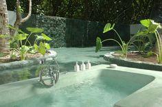 Amazing Outdoor Bathtub - Soneva Fushi Resort, Maldives