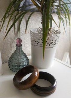 Kup mój przedmiot na #vintedpl http://www.vinted.pl/akcesoria/bizuteria/17714411-zestaw-dwoch-drewnianych-bransolet-duzych-etniczne