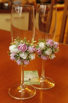 White/Pink clay roses Wedding glasses