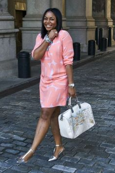 37 Non-Boring Casual Work Outfits for Black Women - Fashion Enzyme African Wear Dresses, Latest African Fashion Dresses, African Print Fashion, Classy Work Outfits, Classy Dress, Work Casual, Casual Wear, Mode Outfits, Chic Outfits