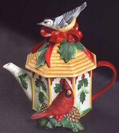 Figurine Teapot & Lid in Winter Greetings by Lenox